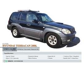 Se vende Hyundai Terracán. Precio negociable.