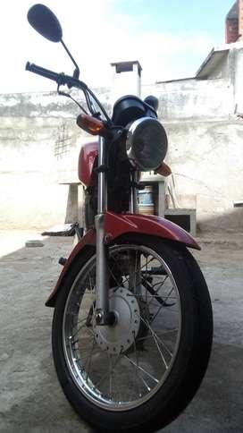 Honda cb1 125cc.