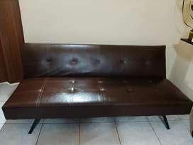 Se Vende Sofa Cama por motivo de viaje
