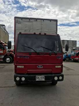 Se vende Ford Cargo 815