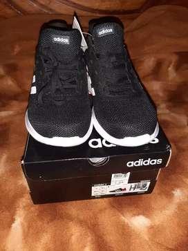 Vendo zapatillas adidas original talla 42 1/2