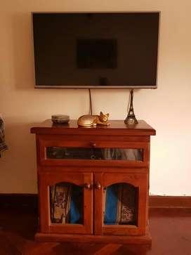 Mesa de Tv Algarrobo
