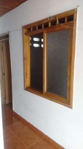 Se vende casa en Mariquita Tolima (Dos apartamentos) 1 y 2 piso.