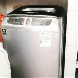 Lavadora Samsung 18 kilos 1 año
