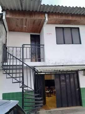 Venta casa de dos pisos