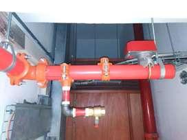 Requiero jóvenes ayudantes con o sin experiencia para instalaciones de tuberías de contrainsendio