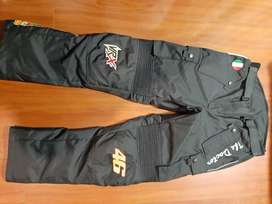 Pantalón textil primera calidad protecciones internas