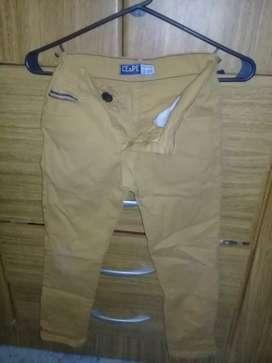 Pantalón de marca niño de 8 a 9 años