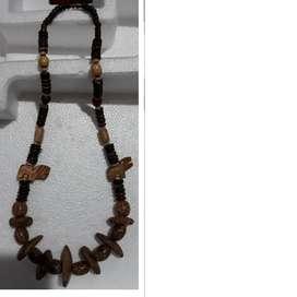 Collar De Madera- Nuevo