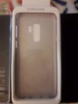 Vendo funda original Samsung S9 plus. Color transparente!