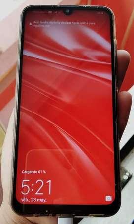 Huawei P smart 2019, en caja con todo sus accesorios.
