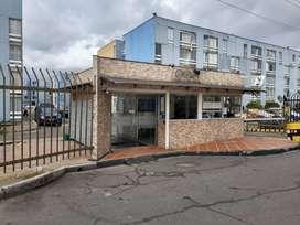 Vendo apartamento con parqueadero propio en Conjunto Castilla Reservado