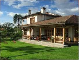 Casa - Quinta en Venta Puembo (Bien Ubicada)