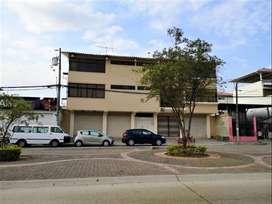 alquilo casa locales y terreno  1180 m2 en cdla garzota , guayaquil