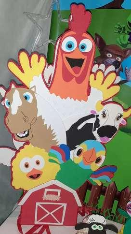 Piñata y adornos de la granja de Zenón(vendo urgente)