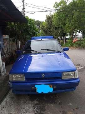 Vendo Renault 9 con papeles al día