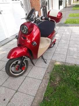 VENDO Moto Electrica Excelente Estado