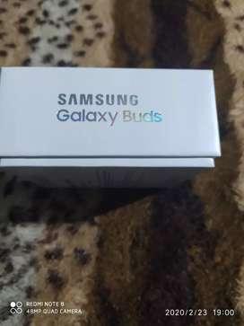Samsung galaxy buds UNA SEMANA DE USO-NUEVOS