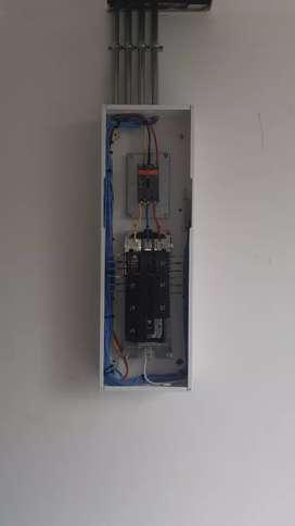 Se hacen mantenimiento electricos e instalaciones electricas