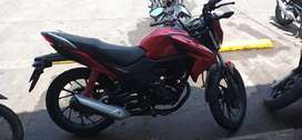 Se vende moto cb125f