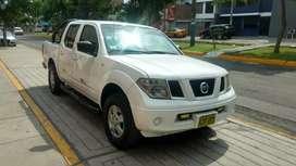Nissan navara año 2010 petrolero 4x4 f/equipo