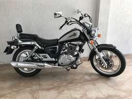 Suzuki GZ 150 a - como nueva