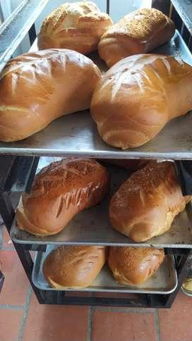 Busco Panadero Pastelero con experiencia para trabajar turnos en Chía