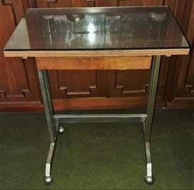 Mesa Para Maquina De Escribir Con Cajón y vidrio (opcional) Vintage 70x60x40cm