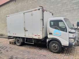 Vendo Camión HINO 6.5 de Tonelaje. Negociable.