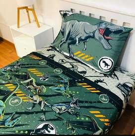 Juego de sábanas infantil modelo Jurássic World