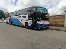 VENDO BUS MERCEDES BENZ 0500 CON LINEA