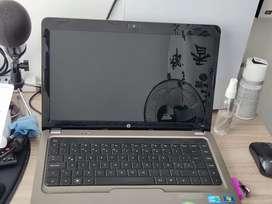 Vendo o cambio portátil HP i3 con 6 de ram y 500 DD y play PS4 de una TB edición especial