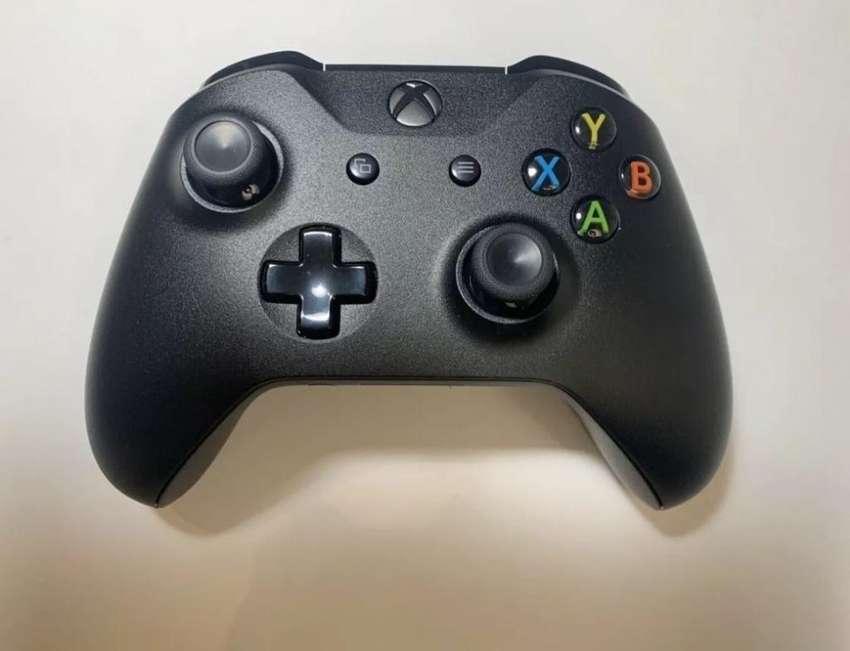 Control Xbox One S Como Nuevo 0
