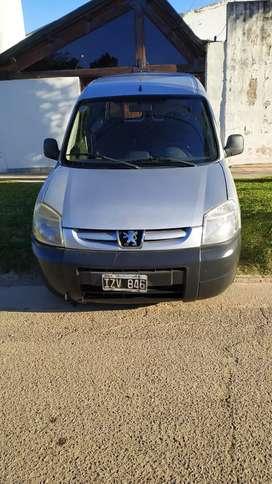 Vendo Peugeot partner GNC
