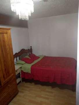 HOTEL HOSTAL HABITACION RENTO ALQUILO ARRIENDO POR PERSONA EL DÍA CENTRO QUITO OFERTA SOLO CON RESERVA AL 0995 .019097