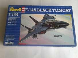 Revell Germany  Mk3 Model Kit F-14A BLACK