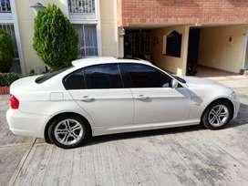 Automivil BMW 320i automatico modelo 2012