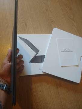 iPad Pro Smart keyboard Folio.