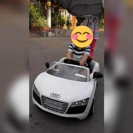 Carro paseador Audi marca gb