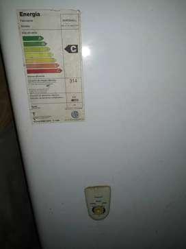 Vendo freezer y exhibidora vertical