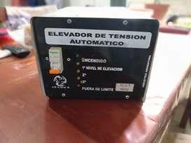 Elevador automático de tensión 5 kw