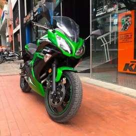 Kawasaki er6f en excelente estado