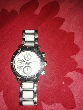 Hermoso reloj tempus watches