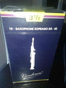 cañas para saxofon soprano numero 3 y medio