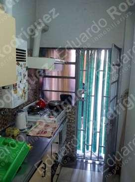 En venta excelente casa calle Ayacucho casi Av. Almafuerte