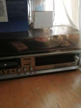 Equipo de sonido antiguo para colecionistas