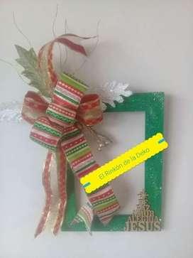 Marco decorativo navideño