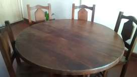 Vendo mesa de algarrobo masisa con 5 sillas en exclente estado negociable