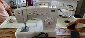 Maquina de coser florencia 69