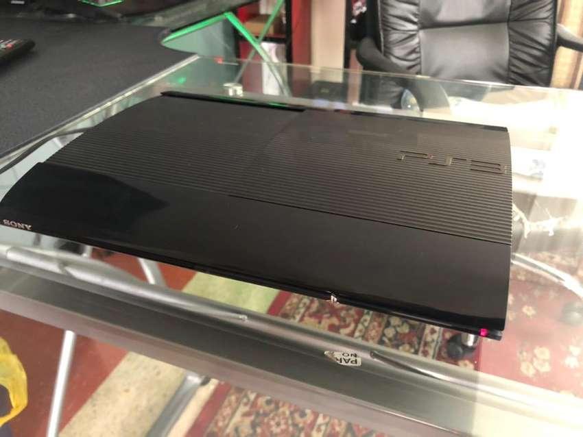 Vendo PS3 en perfectas condiciones / NEGOCIABLE 0